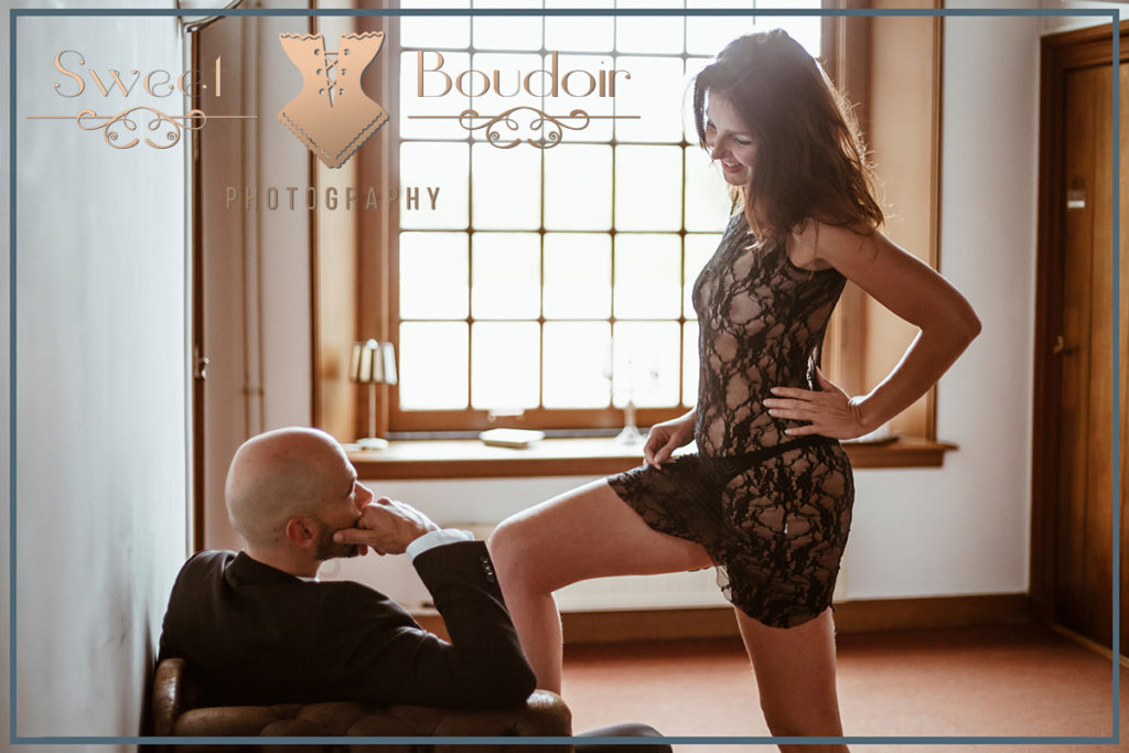 couple boudoir photoshoot