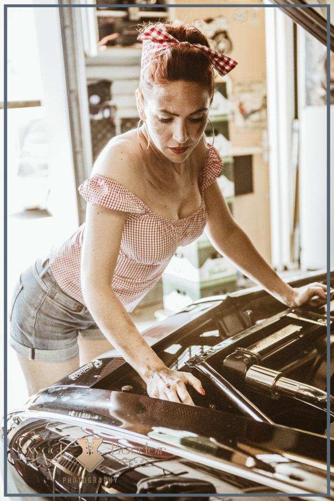 Rockabilly fotoshoot in garage